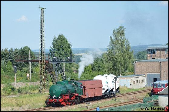 Eine betriebsfähige Dampfspeicherlok kann man heute nur noch selten erleben. Seit kurzem geht das im SEM Chemnitz wieder. Am 30. August 2015 ist die vereinseigene Lok teil der Fahrzeugparade des 24. Heizhausfests