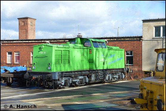 Die grün lackierte 202 302-6 vom LDC ist am 12. Februar 2019 im Werk Cottbus zu sehen
