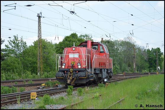 261 016-0 rangiert am 11. Mai 2016 in Leipzig-Wiederitzsch