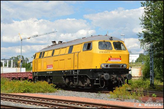 218 304-4 war im Sommer 2020 einige Zeit im Baustellenverkehr um Mittweida eingesetzt. Am 14. Juli rangierte sie einen Res-Wagen-Zug in Chemnitz-Süd