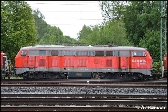 Mit ihm Zug hing auch 218 011-5 (bis 01.01.2007 225 811-9)
