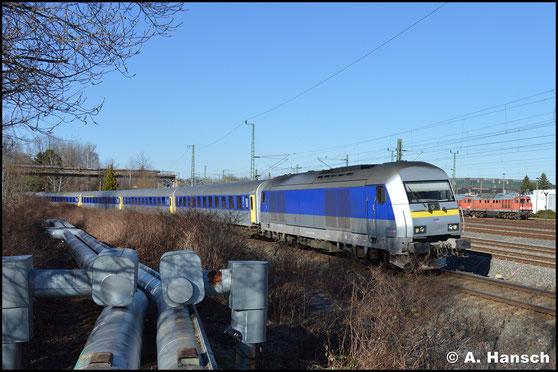 Am AW Chemnitz konnte ich die Lok nochmal am RE 6 gen Leipzig bei der Ausfahrt fotografieren (27. Februar 2017)