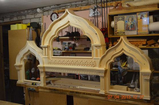 Работы по изготовлению иконостаса в храме священномучеников Лопасненских
