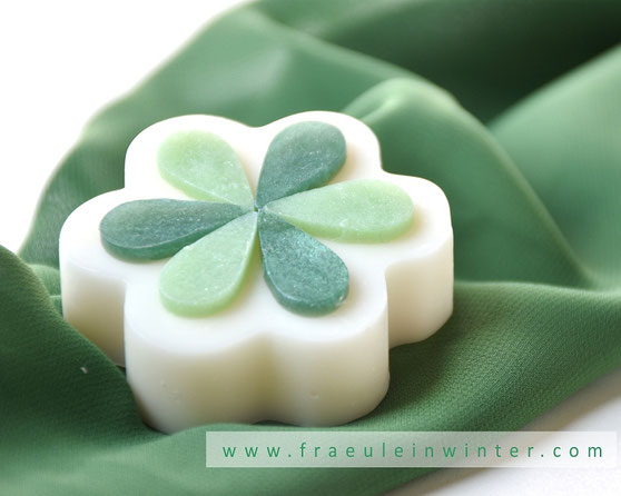 Handmade Soap with FO Lily of the valley | Fraeulein Winter