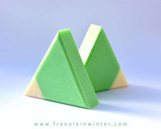 Dreiecksseife mit Straußenfett