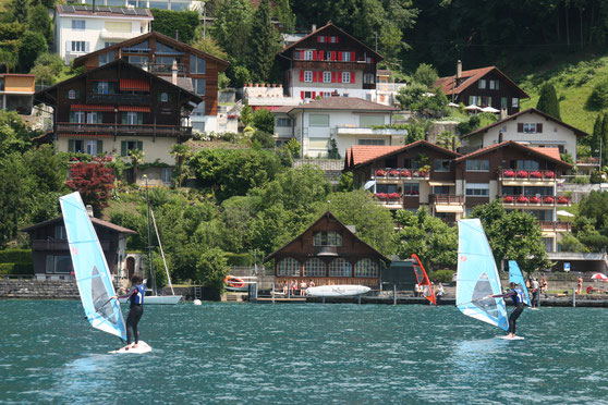 Windsurfen Gunten am Thunersee