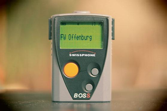 我的消防傳呼機...外形,跟以前的傳呼機一模一樣,沒有什麼特別的