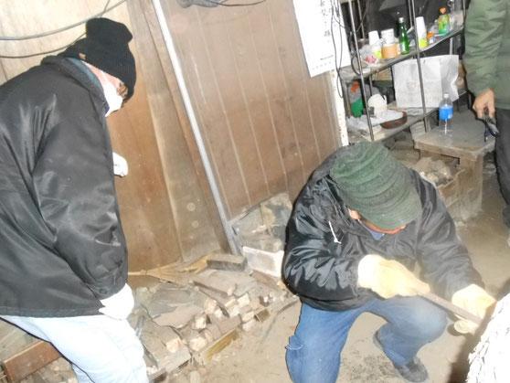 武州熊谷ひみこ窯 窯焚き終了の時 HiroshiMochida  小林夢狂MukyoKobayashi