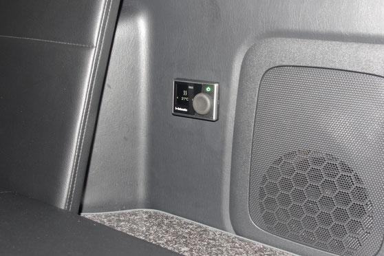 ハイエースで車中泊するなら、OSPのライトキャンパーキットがオススメ!