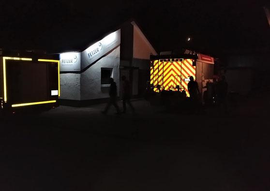 Feuerwehrfahrzeug  Warnmarkierung, Konturmarkierung
