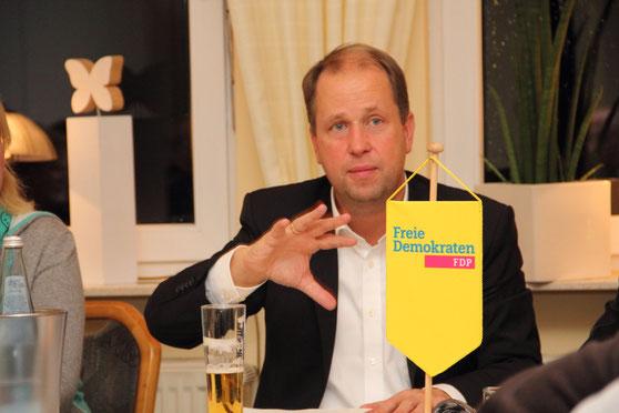 Dr. Joachim Stamp MdL - FDP-Sprecher für Integration im Landtag NRW