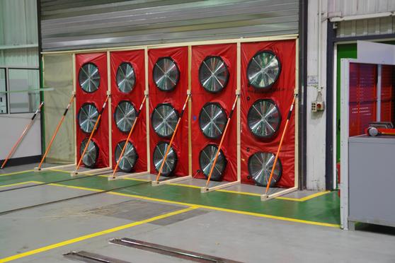 Produktionshalle Mühlheim an der Ruhr BlowerDoor Test Industrie Gewerbe