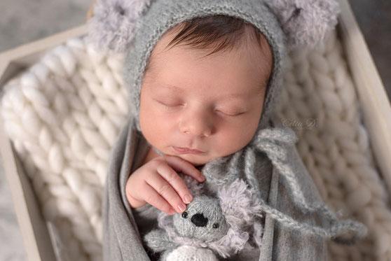 Photographe nouveau-né à Dijon Beaune naissance bébé Nuits saint Georges