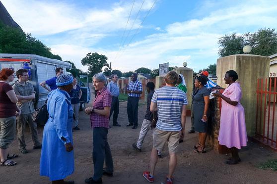 Grosse Begrüssung in Matibi