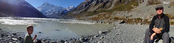 Am Gletschersee Hooker - Mount Cook