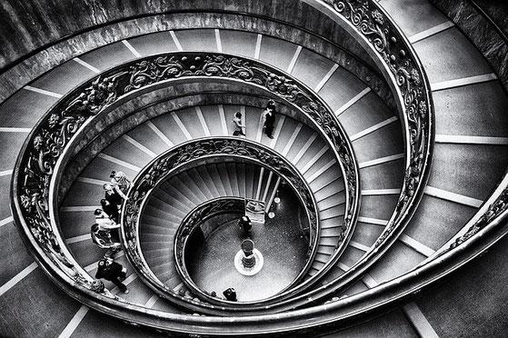 らせん階段 ステップアップ