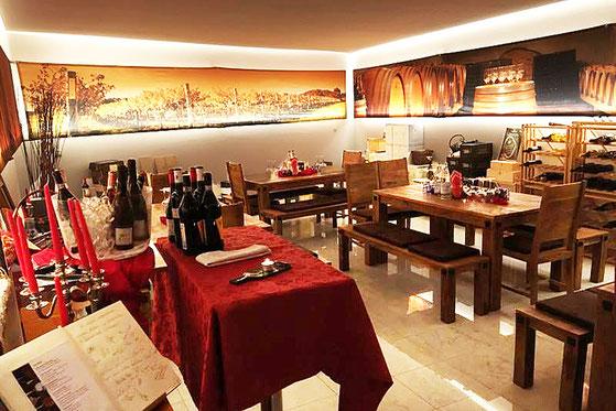 Weineggele Enothek wine & more Wine Bar Shop vino spumanti Weine Schaumweine Schlanders Silandro Gourmet Südtirol