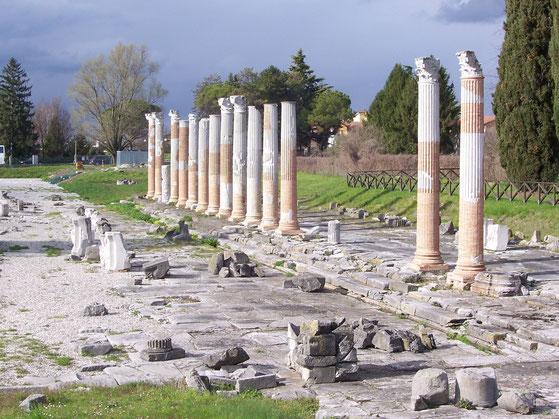 Forum Aquilée Italie