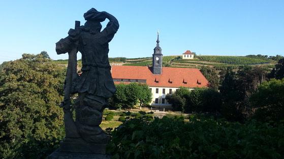 von der Heinrichsburg zur Schlosskirche und Luisenburg