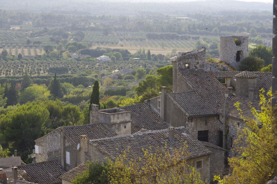 Overview from Eygalières 40 mn away from the  clos des Sorgues B&B