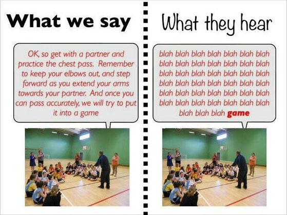 Kinder wollen spielen und registrieren nicht was der Trainer erklärt
