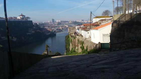 Porto beside the river