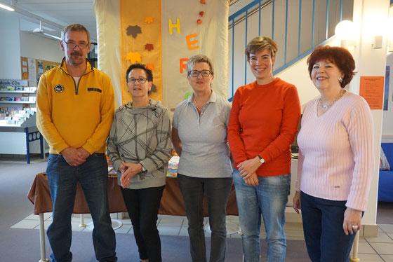 Auf dem Foto von links: Alfred Kranz, Marlies Bätzing, Evi Schönborn, Lydia Kullmann und Maria Wübbeling