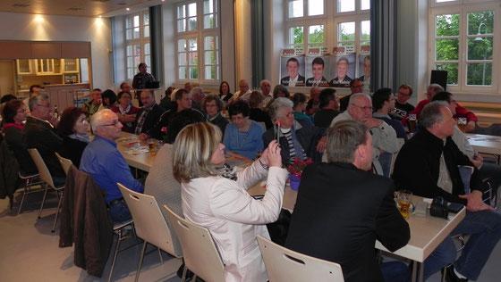 Bürgerinnen und Bürger bei der Informationsveranstaltung der FWG Herschweiler-Pettersheim