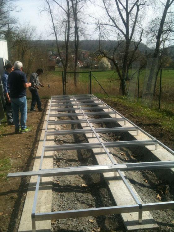 Fundament für 10 x 2 m Anlage mit Untergestell