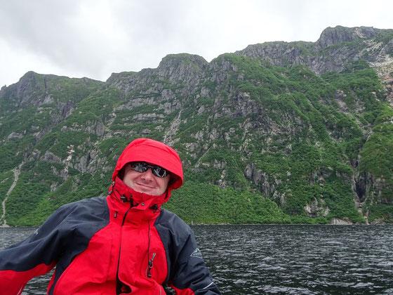 Urlaub im Gros Morne Nationalpark auf Neufundland: Selfie bei der Bootsfahrt durch den Fjord des Western Brook Pond.