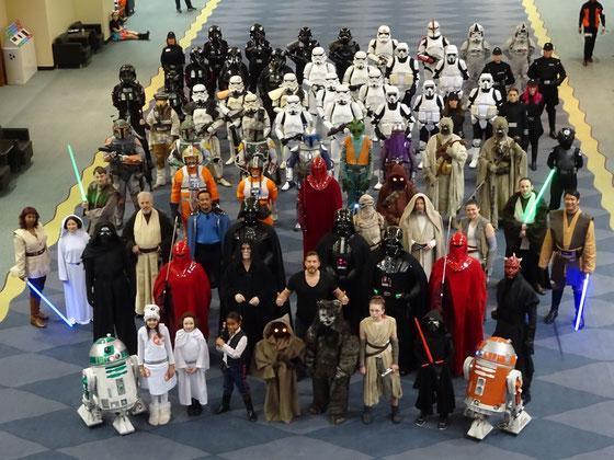 Cosplay auf der Toronto Comicon 2017: Gruppenbild mit zahlreichen Figuren aus dem Star Wars-Universum.