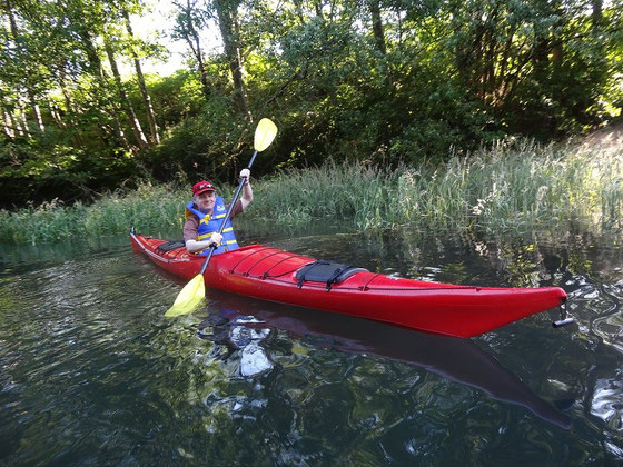 Kayak in Kanada: Bereit zum Start der Paddel-Tour auf dem Squamish River in British Columbia