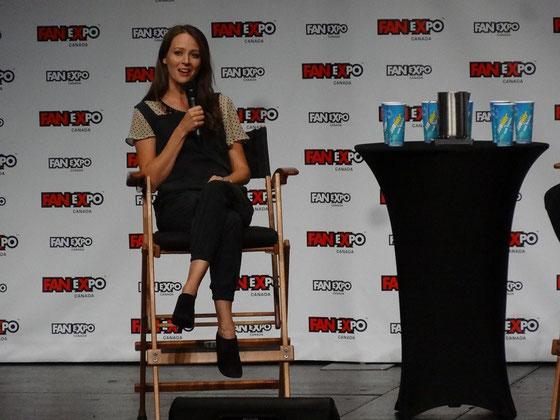 Person of Interest: Die amerikanische Schauspielerin Amy Acker plauderte auf der FanExpo aus dem Nähkästchen.