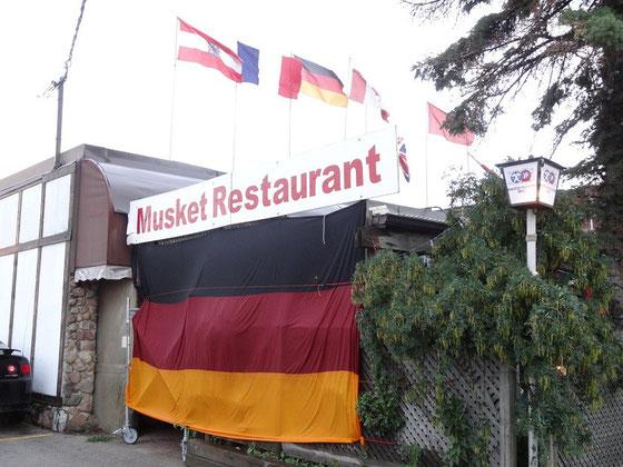 """Deutsches Restaurant """"Musket"""" in Toronto's Stadtteil Etobicoke"""