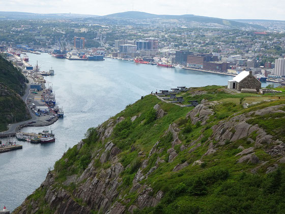 Urlaub in Neufundland: Blick vom Signal Hill zurück auf St. John's.