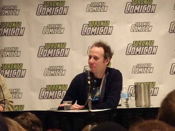 """Big Bang Theory's Kevin Sussman auf der Toronto Comicon 2017: """"Wonach suchen Sie als Künstler, wenn Sie sich für eine Rolle entscheiden?"""" - """"Lohn und Brot."""""""