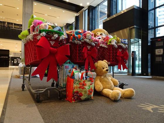 Weihnachtszeit in Toronto: Beim Toy Drive werden Spielzeugspenden für Kinder aus armen Familien gesammelt.