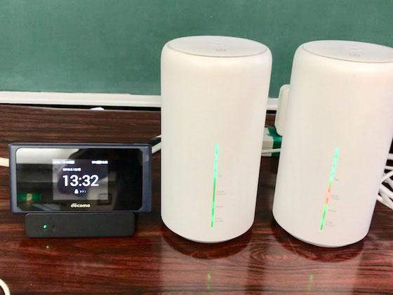 ☆この会場無線環境最高。NTTドコモは当然UQモバイルもアンテナが4本立っています。