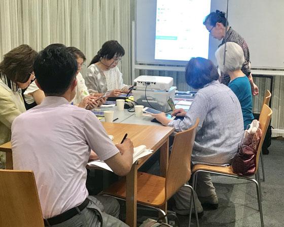 ☆山根が用意したパワーポイント「NPO法人 シニアSOHO世田谷~活動について~」に基づいてQ&A。その後は写真撮影と見学。
