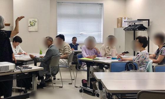 ☆午後の部はアンドロイドスマホ講座。申し込みは8名でしたがご欠席1名で7名様での夏期講座のスタート。