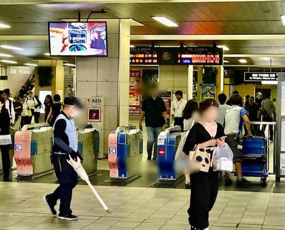☆小田急線経堂駅改札。