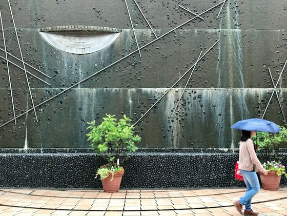 ☆田園都市線三軒茶屋駅からキャロットタワーに歩いて1~2分のイベント広場。