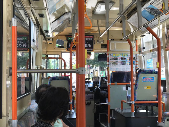 ☆成城学園前駅南口から等々力操車場行きの東急バスで約50分で電電アパート前。