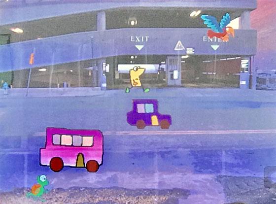 ☆午前の部5~6年生の作品。男子C君の作品。行きと帰りは車の色が変わります。