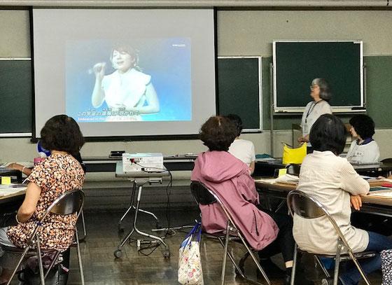 ☆最終回は恒例の佐藤弥子さんのはなむけの歌の贈り物。平原綾香さんの「Jupiter」。皆さんちょっとしんみり。iPadからYouTubeの歌をブルートゥースを通してスピーカーで聞きます。
