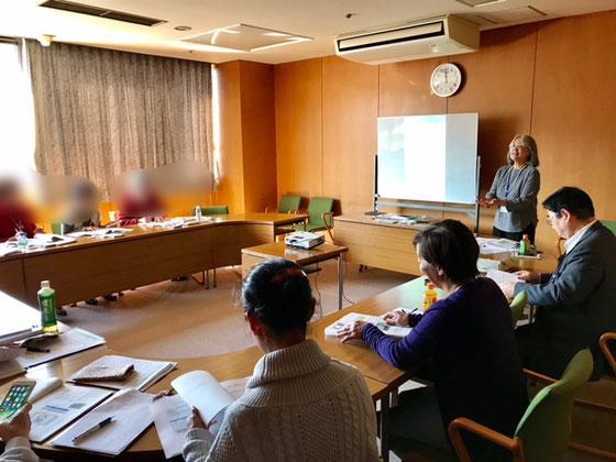 ☆佐藤弥子さんの「アプリケーション習得コース」の1日目がはじまりました。ただいま10:40。