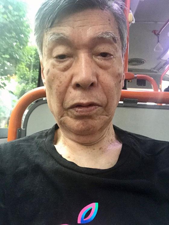 ☆うっかりしてマスクを忘れバスの中で気がつくお粗末。駅前のファミマで求めて一安心。