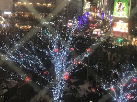 ☆次の移動のために地下鉄銀座線渋谷駅に向かう途中で眼下に見えました。