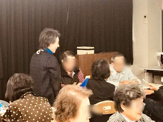 ☆小島雅子さん受講者の皆さんと親しくなりました。