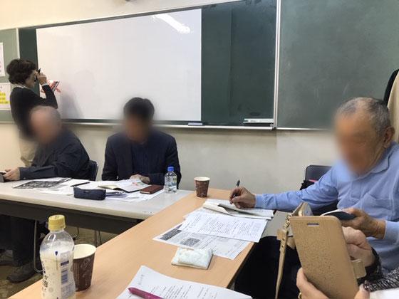 ☆白板を利用して次回の実行委員会の日程調整中。